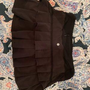 Black lulu lemon skirt